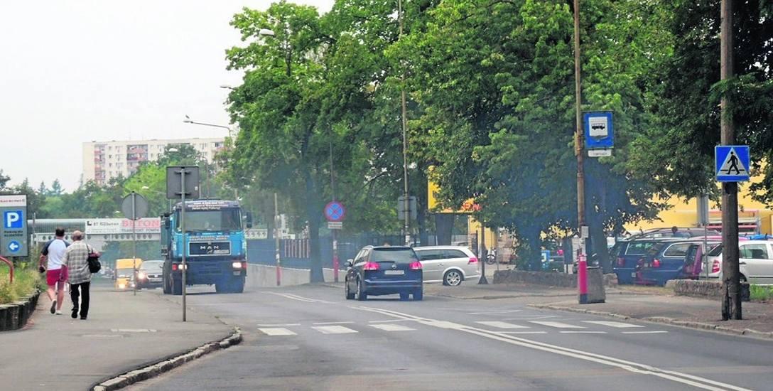 Ulica Pierwszej Brygady od lat czeka na przebudowę. To ruchliwa droga w śródmieściu Stargardu