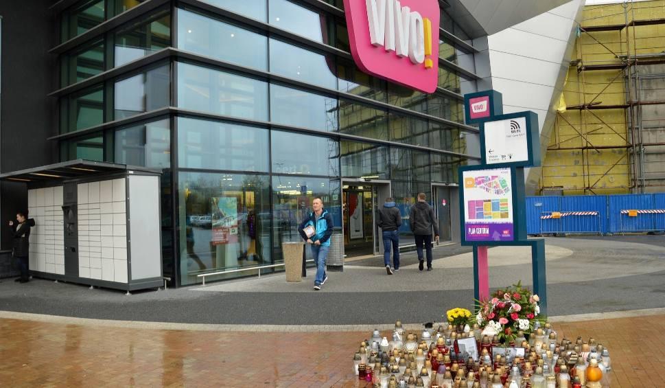 Film do artykułu: Galeria VIVO! już czynna, parking zapełniony autami