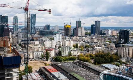 Od Łomianek po Pruszków - deweloperzy inwestują i mają w ofercie mieszkania nie tylko w centrum Warszawy.