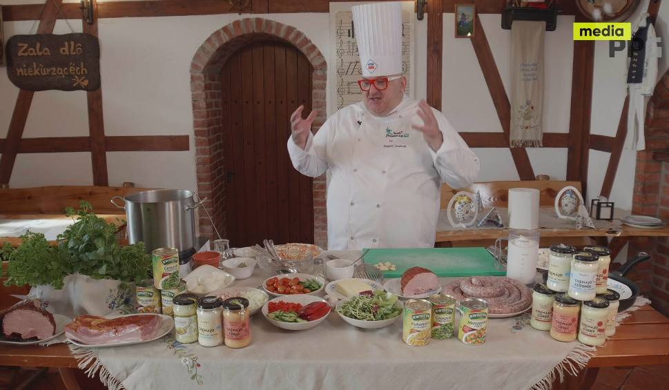 Film do artykułu: Smaki Pomorza. Odcinek 16. Kaszubski barszcz biały z pierogami i faszerowane jajka w nietypowej wielkanocnej odsłonie