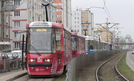 Wrocław: Komunikacja miejska na długi weekend. Tak pojadą tramwaje i autobusy w Boże Ciało (ROZKŁAD)