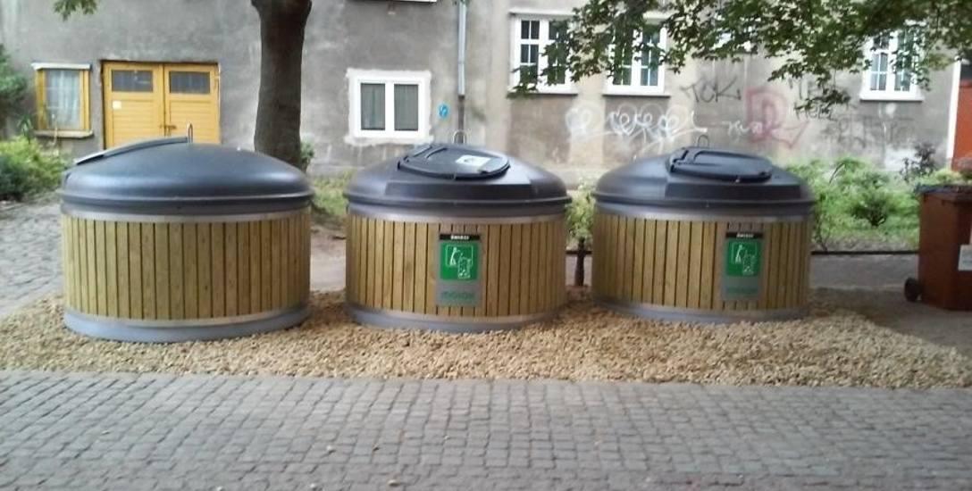 Trzy nowoczesne pojemniki na odpady stanęły w Gdańsku, m.in. na podwórku przy ul. Dzianej