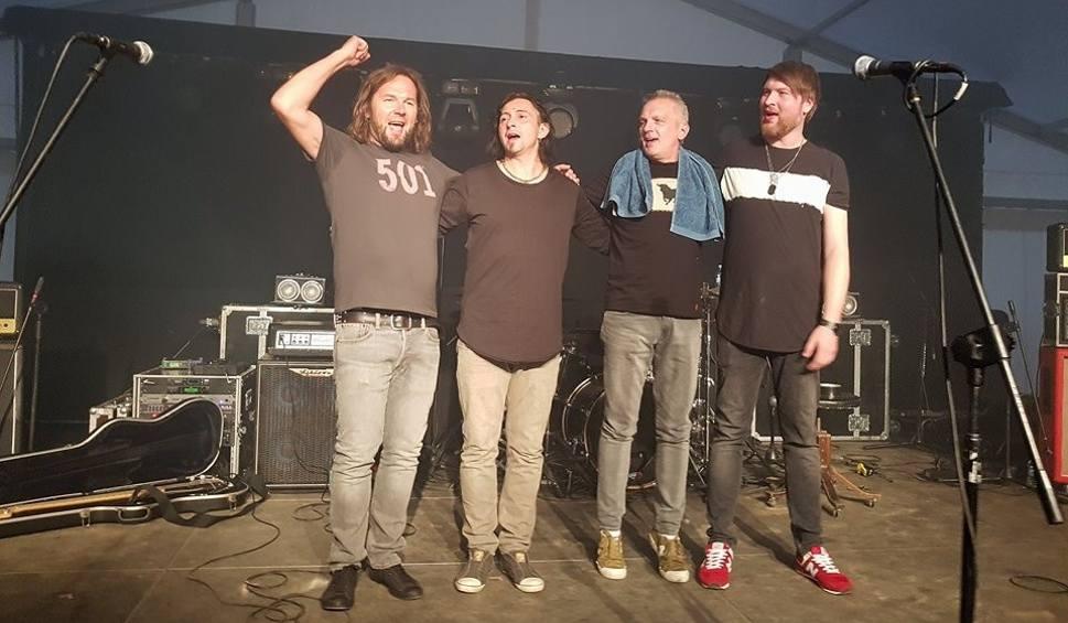 Film do artykułu: Szydłowiec. Azyl P. koncertował w Starkowie koło Ustki. Były brawa, podziękowania i bis