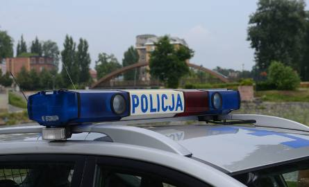 Tragiczny wypadek koło Lutomierska. Jedna osoba nie żyje, dwie zostały ranne