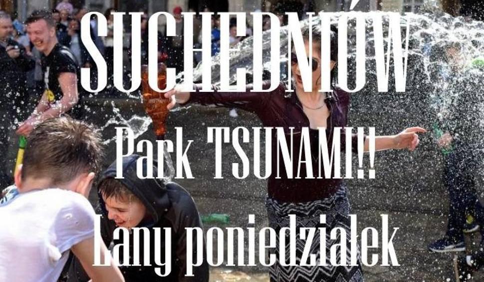 Film do artykułu: Wodne tsunami w Suchedniowie - w Lany Poniedziałek wielka wodna bitwa w parku miejskim