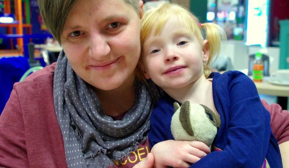 Film do artykułu: Ratujmy Kornelkę z Tarnobrzega. Bez operacji jej serce zatrzyma się. Potrzebna kwota to aż 190 tysięcy złotych!
