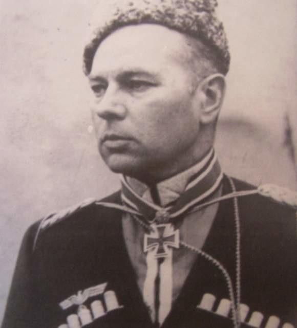 Helmuth von Pannwitz przyszedł na świat nad samą granicą niemiecko-rosyjską.