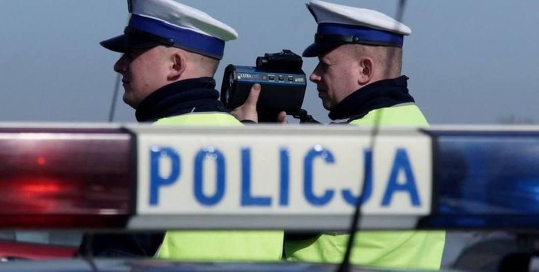 700 osób - tylu podlaskich policjantów w kulminacyjnym momencie przebywało na zwolnieniu lekarskim, czyli 30 proc. całego garnizonu