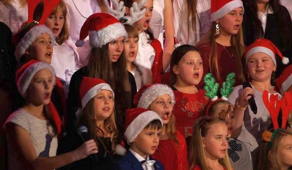 """Film do artykułu: W inowrocławskim teatrze zabrzmi muzyka świąteczna. We wtorek koncert  """"Hej  kolęda, kolęda..."""""""
