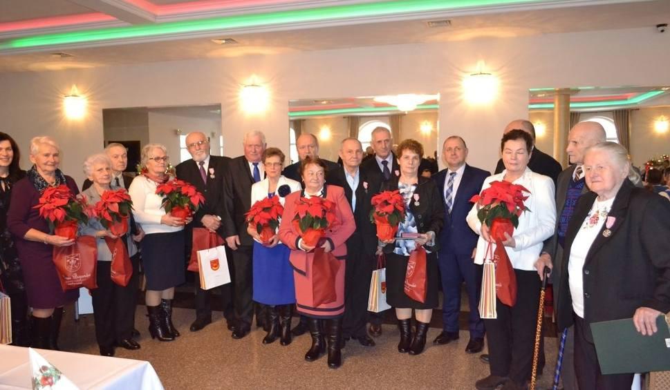 Film do artykułu: Złote Gody podczas wigilijnego spotkania z seniorami z bojanowskiej gminy
