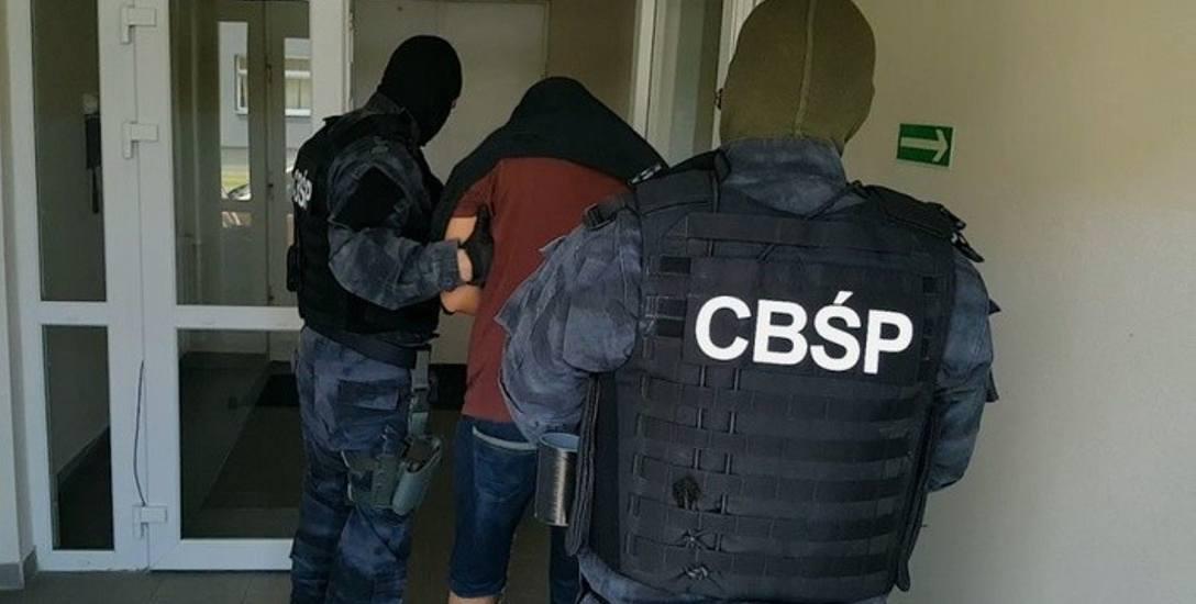 W śledztwie dotyczącym przemytu narkotyków współpracowali ze sobą śledczy z Polski, Norwegii i Szwecji. Podejrzanym grożą kary do 10 i do 15 lat więzienia.