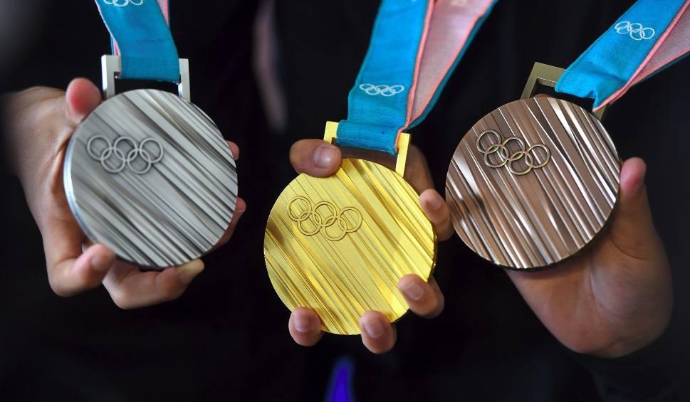 Film do artykułu: Klasyfikacja medalowa zimowych igrzysk olimpijskich 2018. Kto zdobył najwięcej medali olimpijskich w Pjongczang 2018? [TABELA] [MEDALIŚCI]