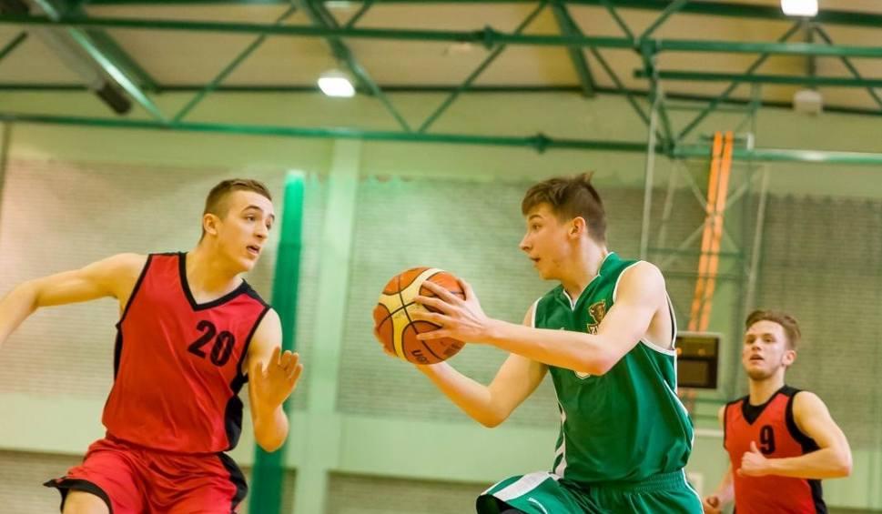 Film do artykułu: Młodzieżowa koszykówka. Żubry na podium w białostockim turnieju