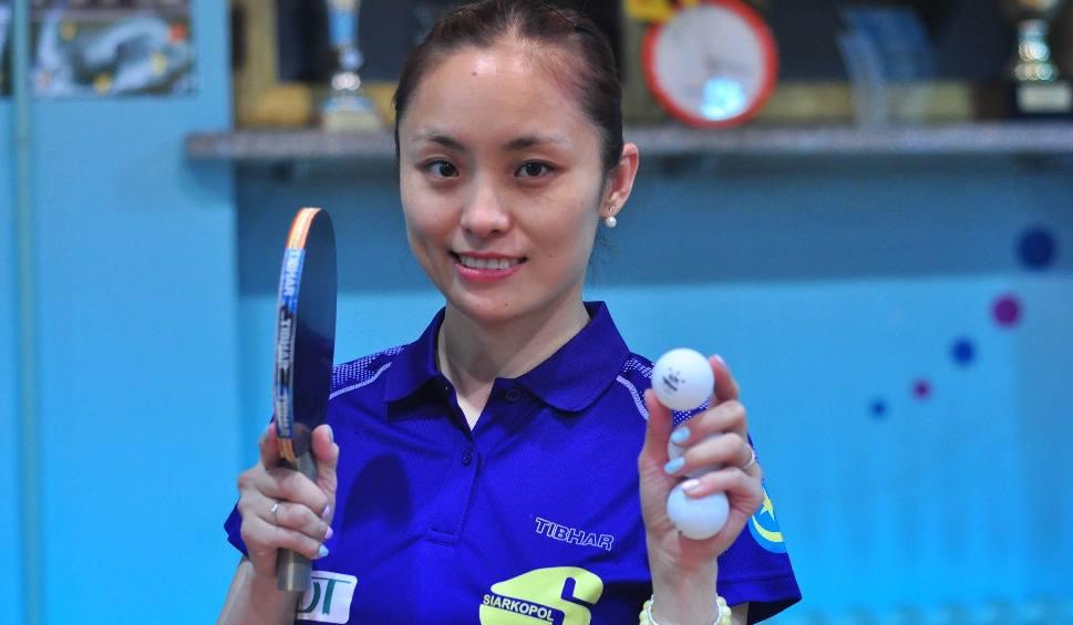 Film do artykułu:  Li Qian wygrała w stolicy dwa pojedynki nie tracąc w nich nawet seta