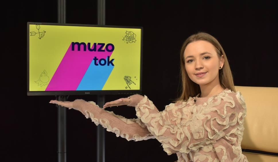 """Film do artykułu: AniKa Dąbrowska: Singiel """"Oddycham chwilą"""" zapowiada debiutancką płytę artystki. Jaka jest AniKa Dąbrowska? Musicie zobaczyć ten wywiad!"""
