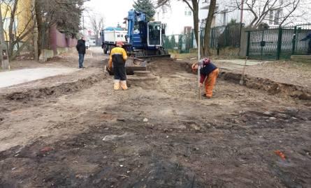 Drogowcy pracują już przy ulicy Fałata. Prace finansuje Radomski Program Drogowy.
