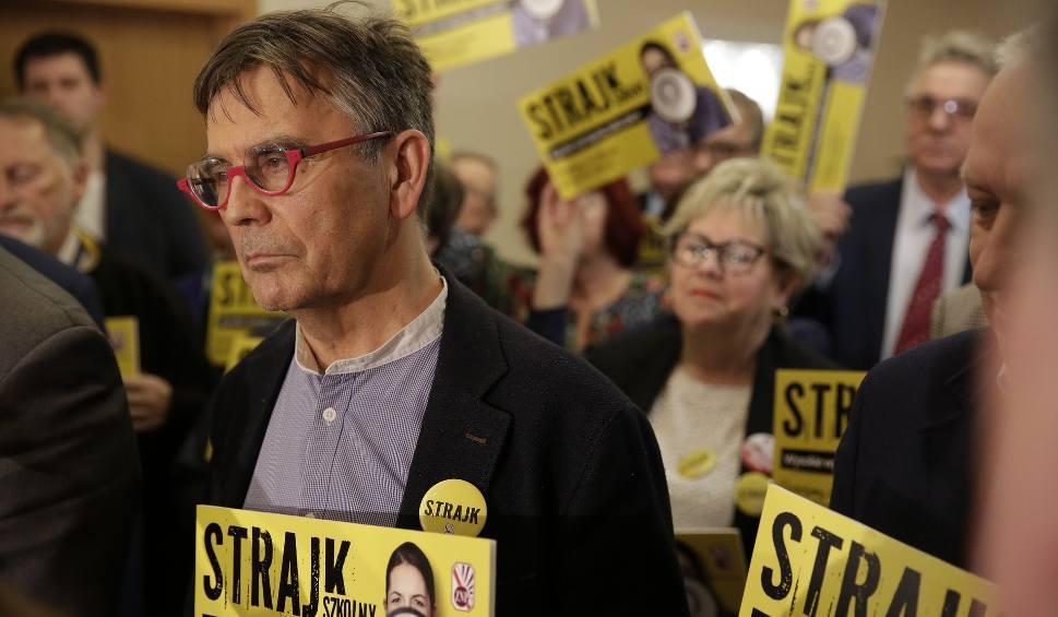 Film do artykułu: Strajk nauczycieli 2019: Są wyniki referendum ZNP. 90 procent nauczycieli za strajkiem. Trwają rozmowy ostatniej szansy związkowców z rządem