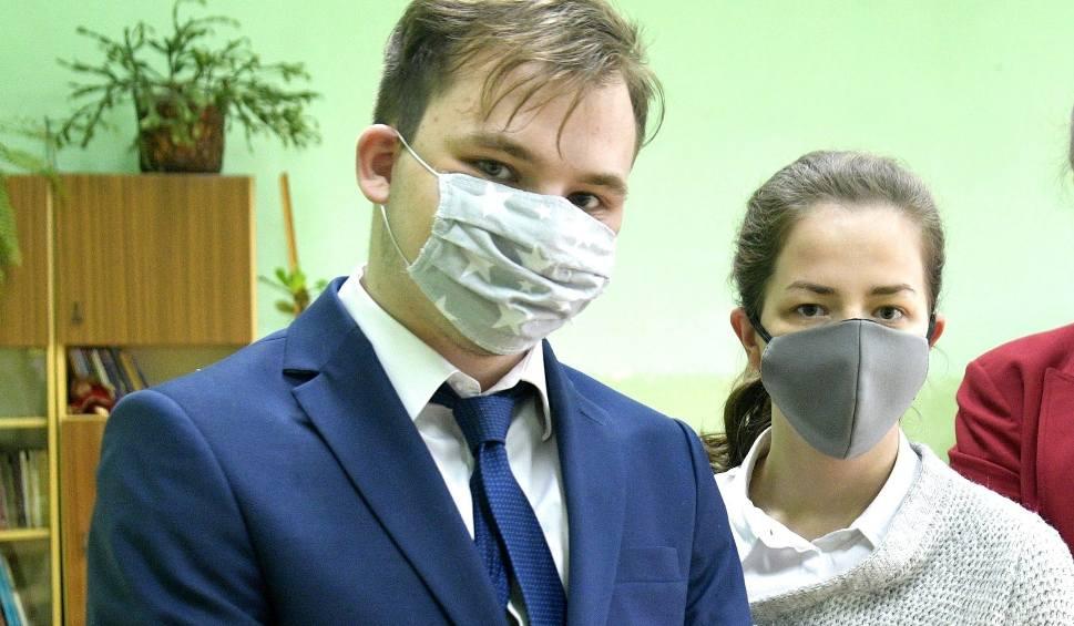 Film do artykułu: Matura 2020. Uczniowie z regionu radomskiego zdawali język niemiecki