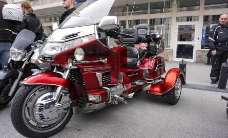 Liczba usług związanych z rynkiem motocyklowym rośnie z roku na rok