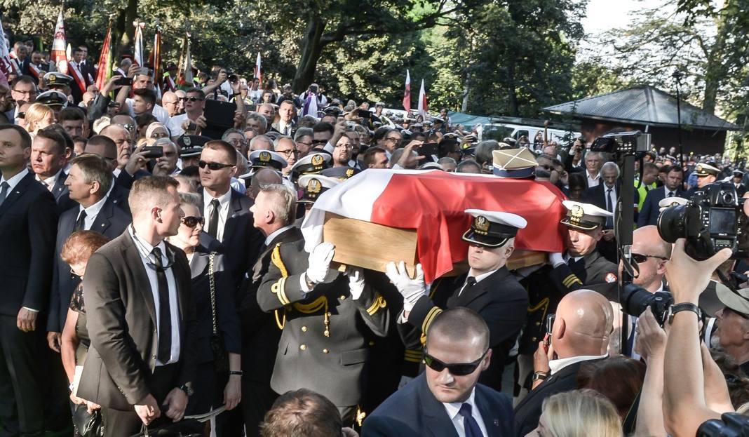 Pogrzeb Inki i Zagończyka na Cmentarzu Garnizonowym w Gdańsku