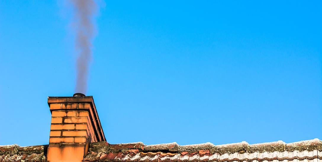 Najgroźniejsze jest spalanie śmieci - powoduje że oddychamy toksynami