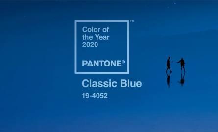Ciemne odcienie niebieskiego są modne od lat, ale w 2020 ma być to kolor spokojny