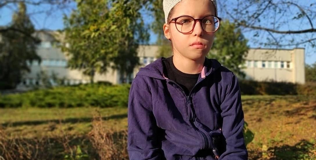 Amelka, córka strażaka. 13-latka z Ciechocinka walczy z guzem mózgu. Jest pomoc!