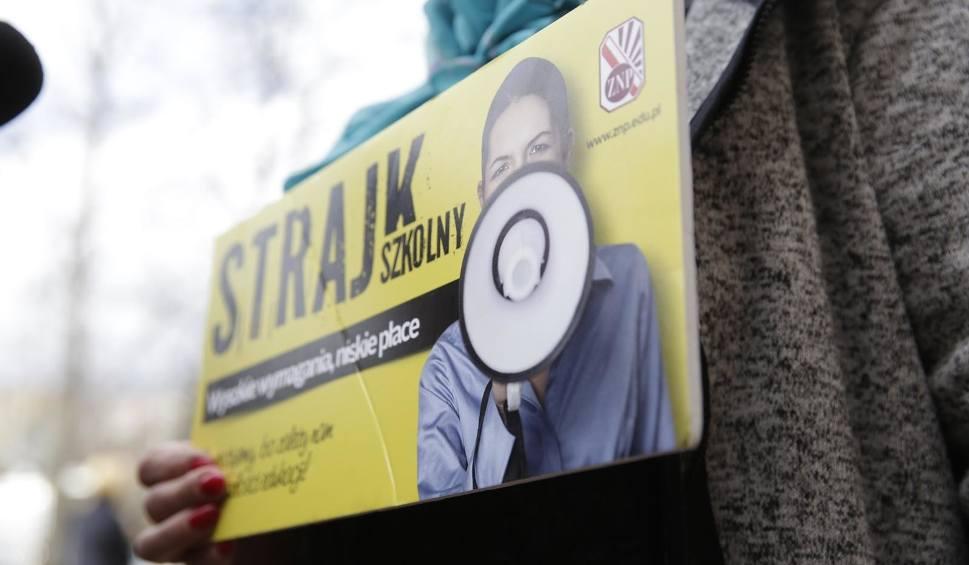Film do artykułu: Strajk nauczycieli 2019. Kiedy i w jakich szkołach będzie strajk nauczycieli na Opolszczyźnie?