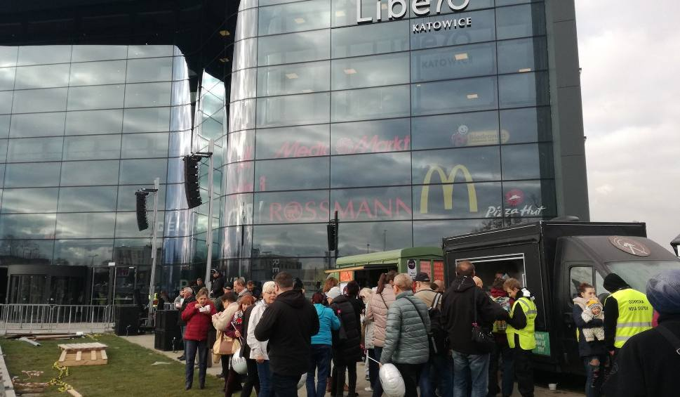 Film do artykułu: Galeria Libero w Katowicach. Tłumy klientów na otwarciu. W środku 150 sklepów, kino i restauracje. LISTA SKLEPÓW