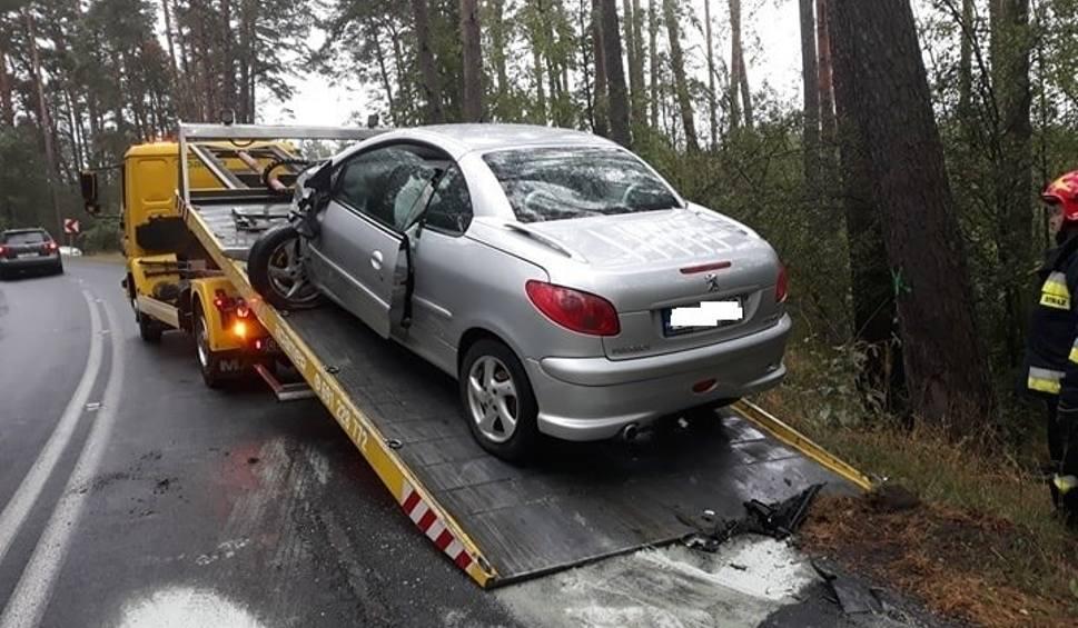 Film do artykułu: Wypadek w Bożenkowie pod Bydgoszczą. Dwie osoby trafiły do szpitala [zdjęcia]