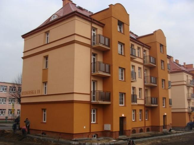 Blok Miejskiego Przedsiębiorstwa Gospodarki Nieruchomościami w Grudziądzu.