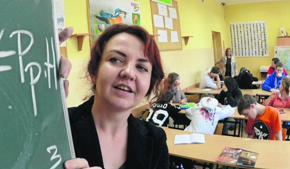 """Film do artykułu: Nauczyciele nie chcą ani reformy, ani zwolnień. Podpisują """"Petycję w obronie polskiej szkoły"""""""