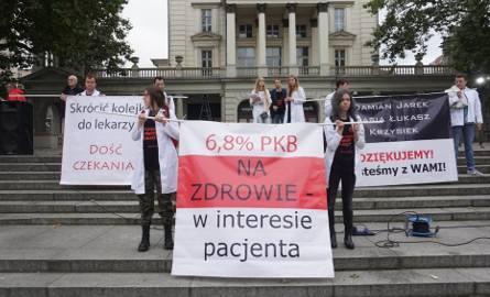 Prof. Piątkowski: Im gorzej w publicznej służbie zdrowia, tym lepiej w prywatnej