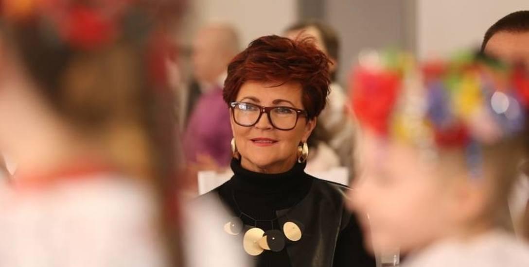 """Pomaganie to mój przywilej - mówi Jolanta Kwaśniewska. W tym tygodniu uroczyście otworzyła w Katowicach otworzyła """"Kącik Babci i Dziadka"""""""