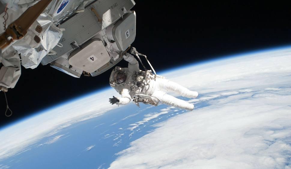Film do artykułu: ISS nad Polską SIERPIEŃ 2018. Kiedy, gdzie i o której oglądać Międzynarodową Stację Kosmiczną w Polsce? GODZINY LOTÓW ISS 15 8 2018