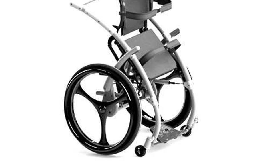 Film do artykułu: Nagroda prezesa urzędu patentowego. Półka z książką za wysoko? Z białostockim wózkiem dla niepełnosprawnych to już nie jest problem