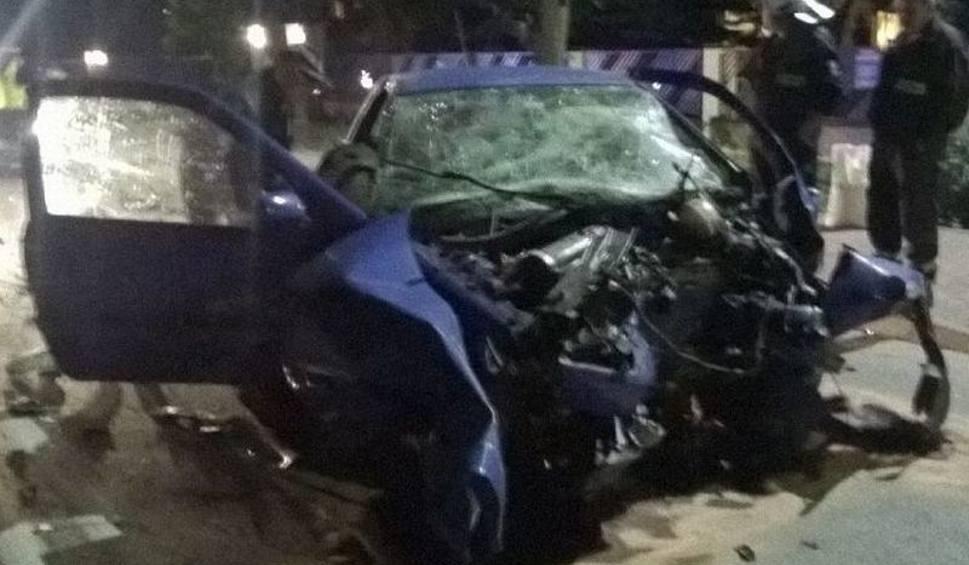 Film do artykułu: Pijani kierowcy w powiecie skarżyskim.  Jeden uderzył w drzewo, drugiego pomogły zatrzymać kobiety