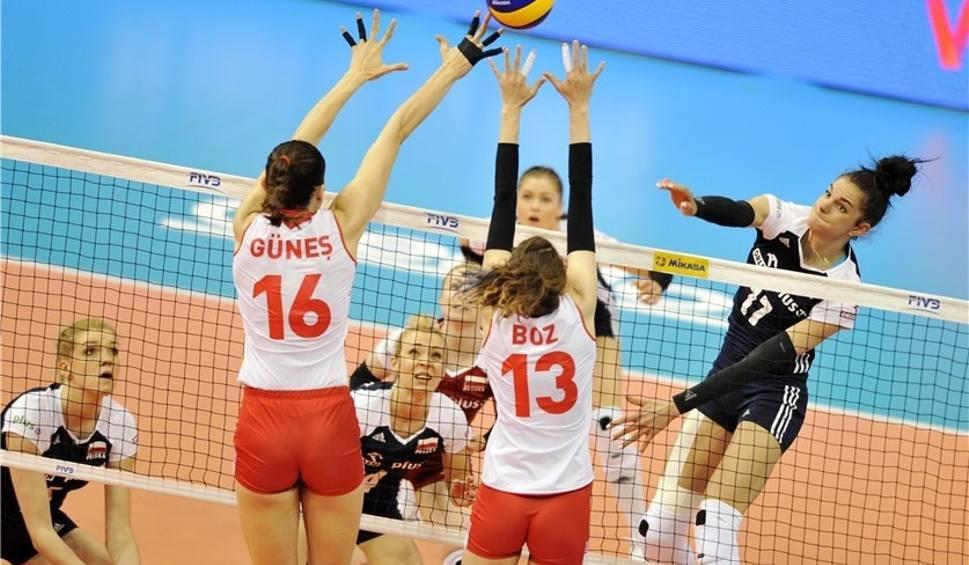 Film do artykułu: Liga Narodów Kobiet: Turcja - Polska 3:0 [WYNIK, RELACJA, 17.05.2018]