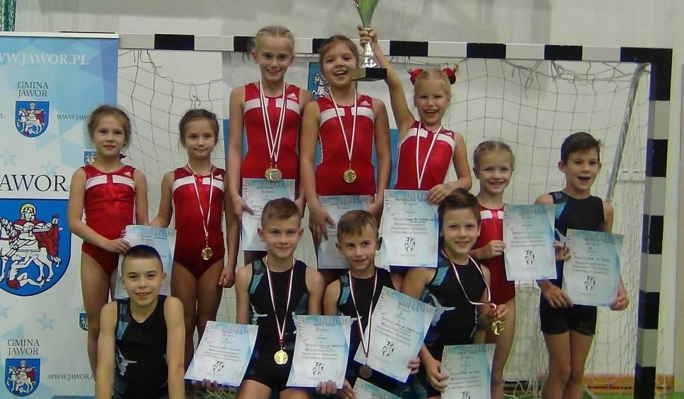 Film do artykułu: Medale młodych akrobatów