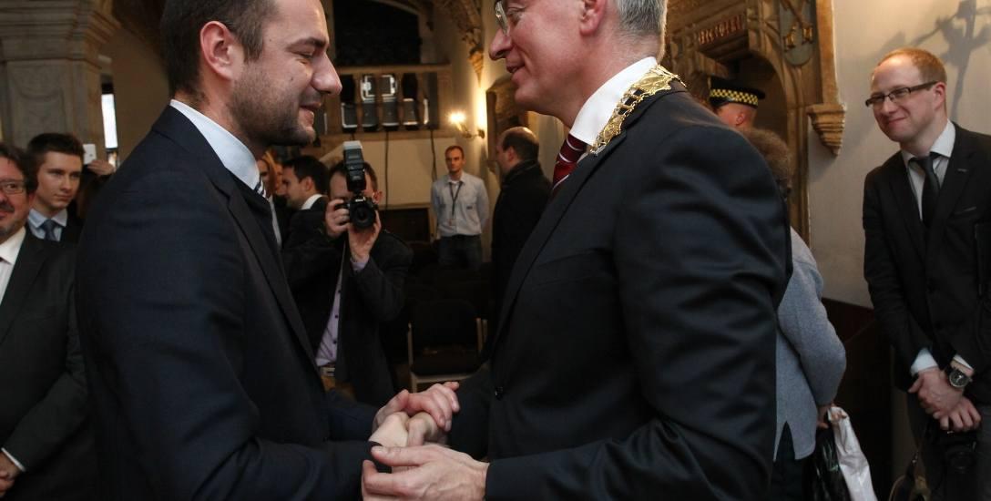 Jacek Jaśkowiak i Jarosław Pucek znają się nie tylko na gruncie politycznym, ale przede wszystkim także prywatnie. Sam Jacek Jaśkowiak przed startem