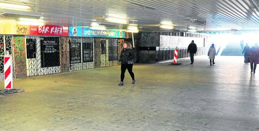 Jeszcze w tym roku będzie wyremontowane przejście podziemne prowadzące od ul. Dworcowej do dworca PKP, zostanie tu m. in. zamontowana winda dla niep