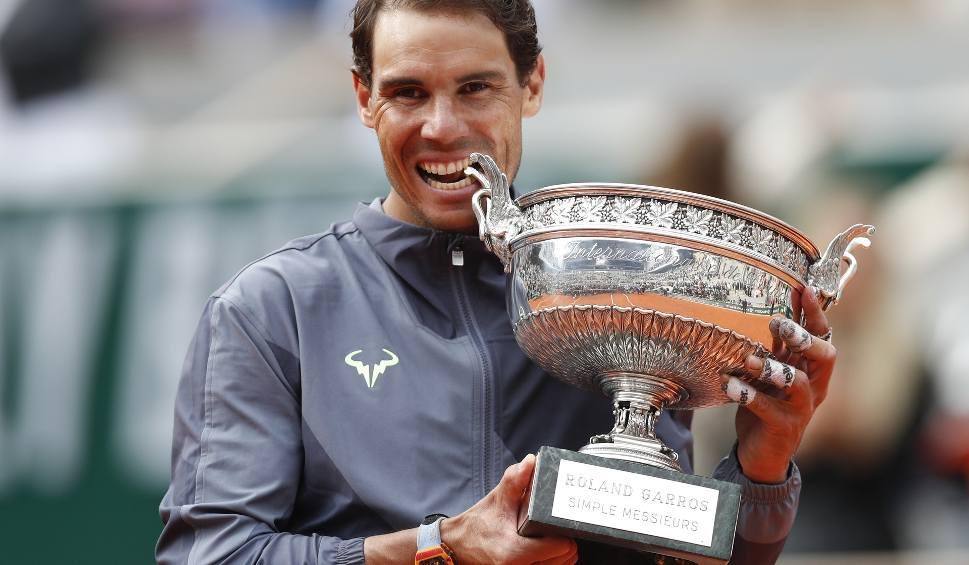 Film do artykułu: Już nigdy nie będzie kogoś takiego, jak Rafael Nadal - hiszpańskie media o dwunastym zwycięstwie Hiszpana w Roland Garros