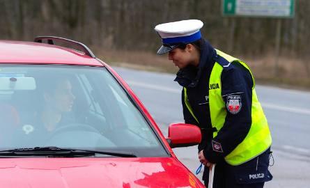 Pijany kierowca wiózł dwie 11-letnie córki! Na szczęście zatrzymali go policjanci