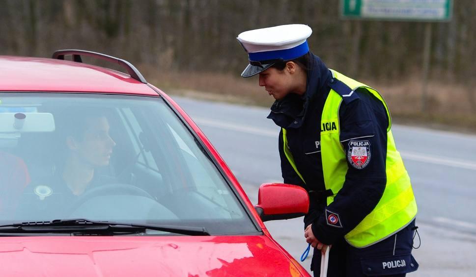 Film do artykułu: Pijany kierowca wiózł dwie 11-letnie córki! Na szczęście zatrzymali go policjanci