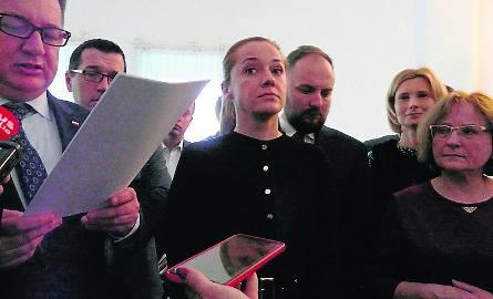 Trwająca obecnie 5 - letnia kadencja Rady Miejskiej Radomia będzie zapewne serialem przepychanek radnych PiS i ekipy prezydenta.