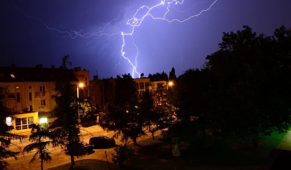 Film do artykułu: Radar burz ONLINE. Gdzie jest burza? [czwartek, 22.08.2019] Ostrzeżenia pogodowe IMGW. Radar opadów LIVE
