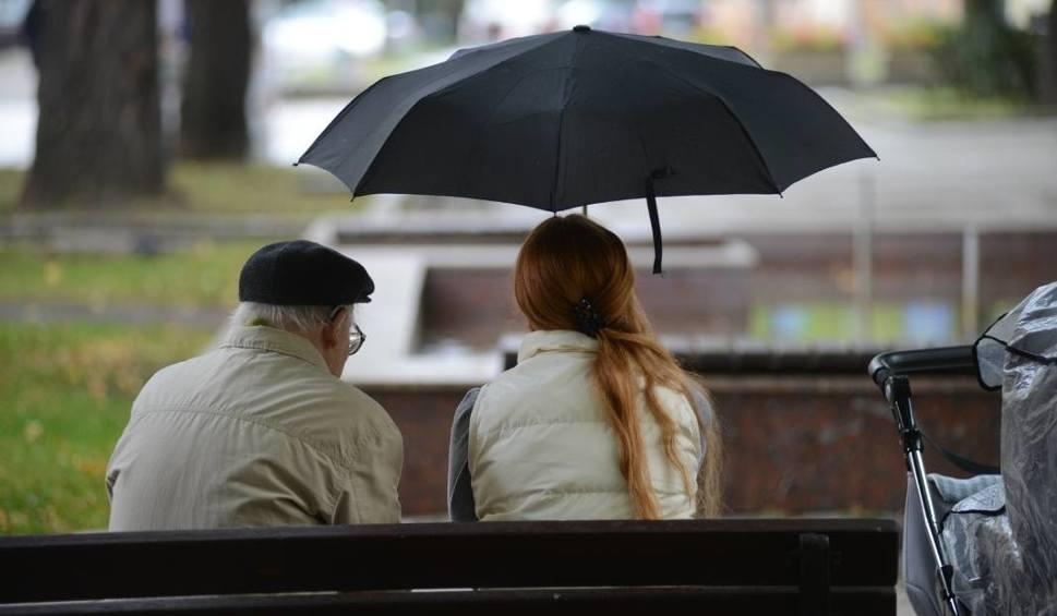 Film do artykułu: Pogoda nad morzem. Chłodno i deszczowo. Możliwe burze [WIDEO, KAMERKI, MAPY]