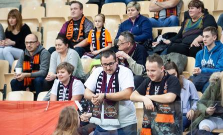 Energa Toruń wygrała z Arką Gdynia 68:66 w rozegranym w Bydgoszczy półfinale Suzuki Pucharu Polski. W niedzielnym finale Katarzynki zmierzą się z CCC
