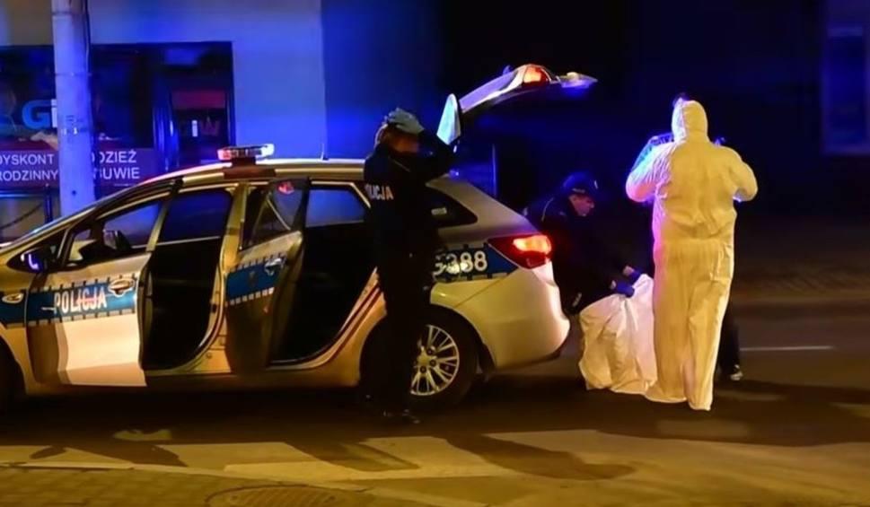 Film do artykułu: Koronawirus. Nieobliczalny mężczyzna uciekł z kwarantanny z maczetą. Przejechał całą Polskę. Policja w Makowie wyciągnęła go z taksówki