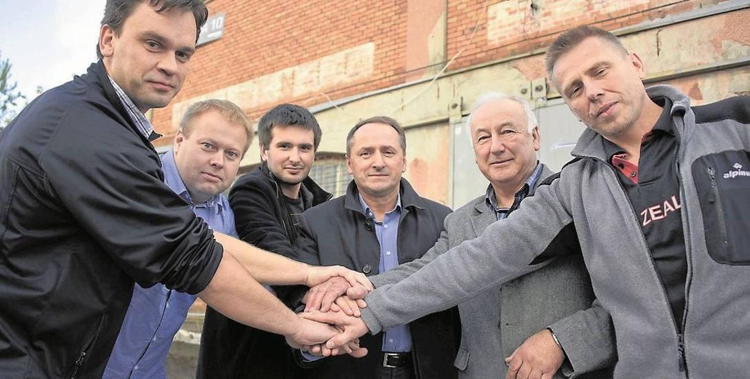 Jeśli nie będzie problemów, pod koniec roku zakończą się prace przy Białostockim Ośrodku Wschodnich Sztuk Walk - mówi Rafał Gólcz (drugi od lewej), jeden
